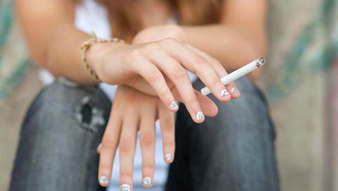 У курильщиков выше риск самоубийства